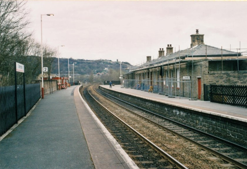Todmorden Station looking towards Leeds and Bradford on 10 April 2003.