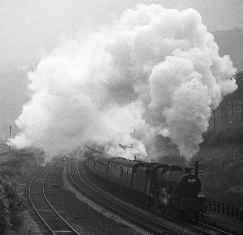 BR (LMS) Stanier Jubilee 45562 'Alberta' approaching Copy Pit banked by an 8F on 2 October 1965.