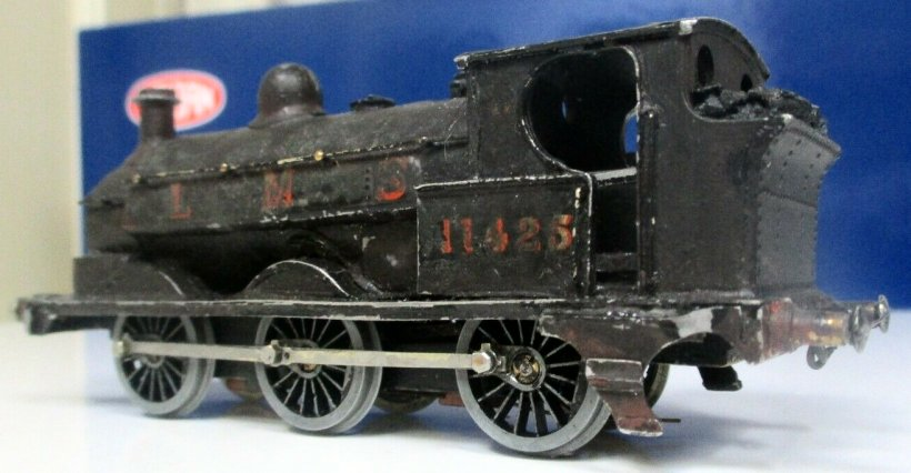 EM gauge Cotswold LYR Barton Wright Class 23 0-6-0 saddle tank three quarters rear view