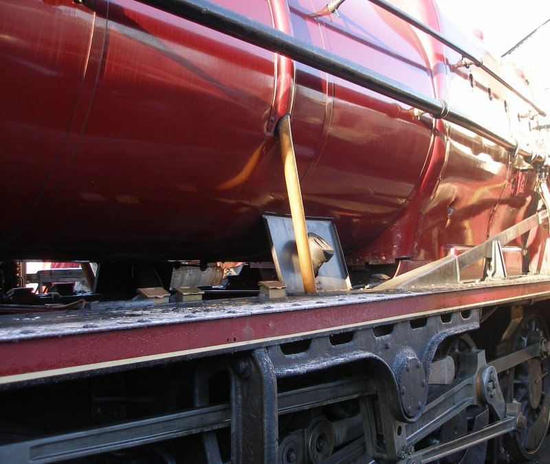 Stanier 8F injector piping, driver's side