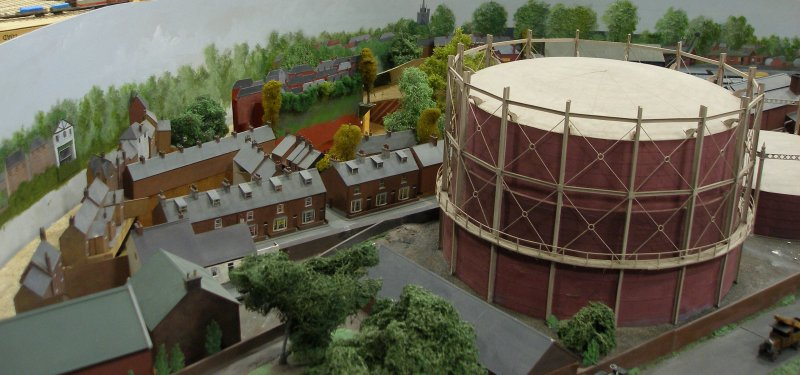 Guy William's Aylesbury (18.2mm gauge) showing the gas works.