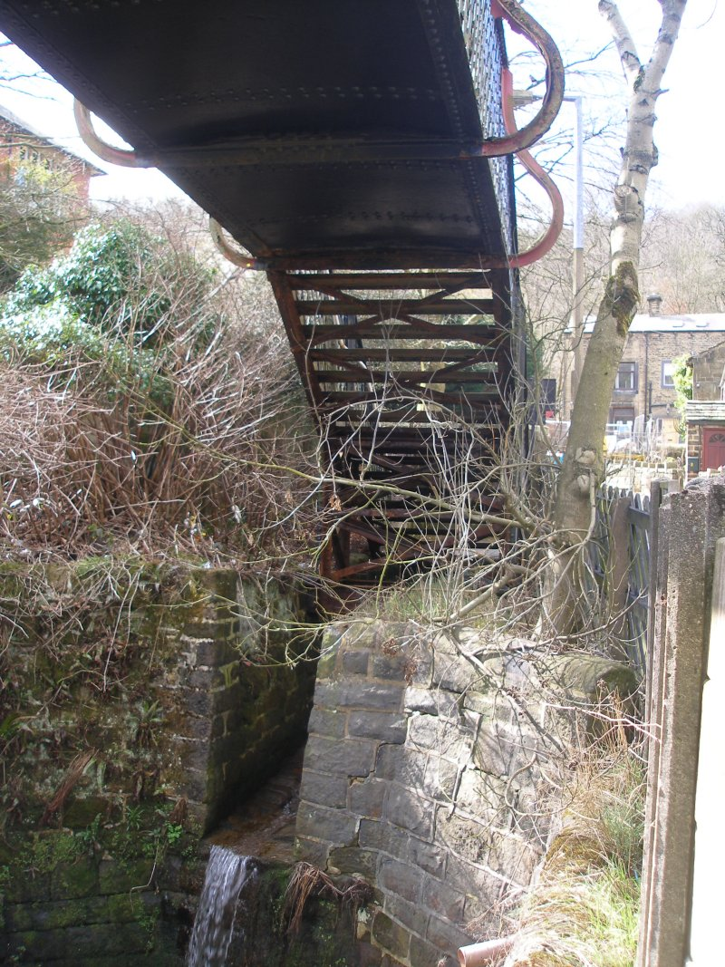 Walsden Footbridge (Bridge 98) surveyed on Friday 25 March 2016.