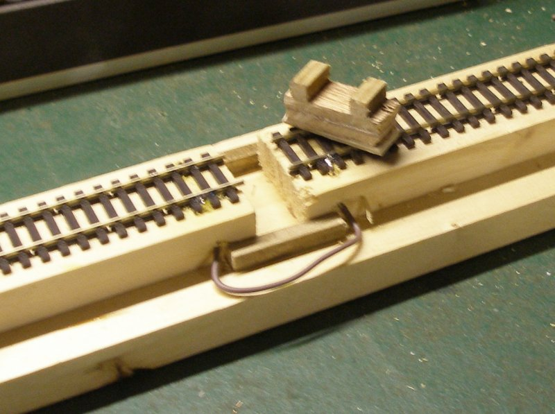 Construction of an OO gauge locomotive wheel cleaning track: Stage 6 creation of a support piece