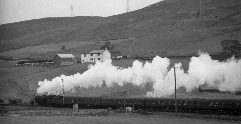 BR (LMS) Jubilee 45647 with 1X04 Leeds City - Blackpool North at 10.20 on 30August 1965.