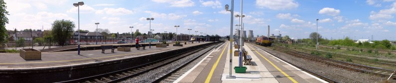 Panorma of Didcot Railway Station and Centre taken from the London end of Platforms 2 & 3 on 6 May 2013