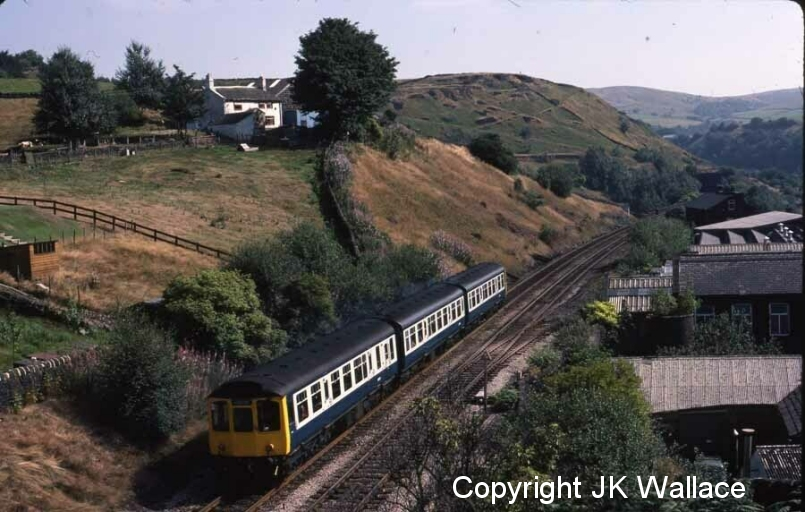 An eastward bound Class 110 approaches Horsfield Tunnel on 26 August 1983.