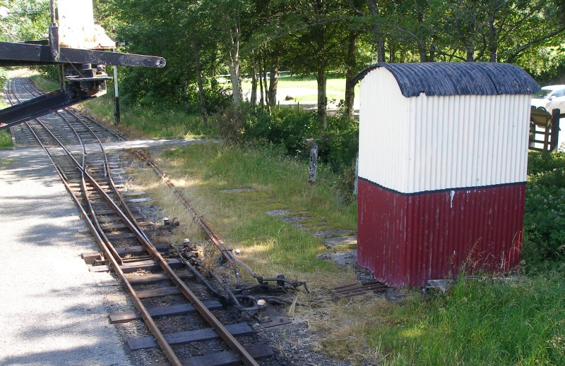 The lever frame hut, Llangower, Bala Lake Railway, 16 July 2015 containing a 4-lever Dutton lever frame stamped L&SWR.