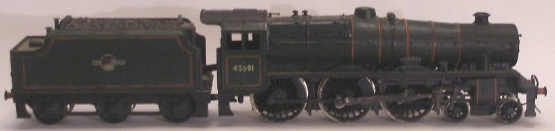 Mainline Jubilee 'Orion' mounted on a Bachmann split-frame chassis with Buehler motor, with DCC decoder located in the tender.