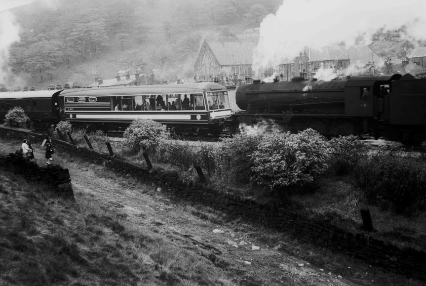 90348 banks the Northern Rubber Special past Cornholme on 30 September 1961 at 13:05 p.m.