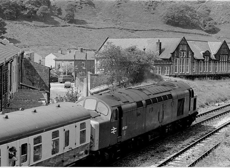 Class 40 40081 caught at Cornholme with the 09.28 Sheffield-Blackpool on 3 July 1982