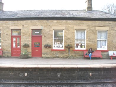 Todmorden Railway Station: Main station building, platform side, sixth section moving from east top west on 19 April 2013