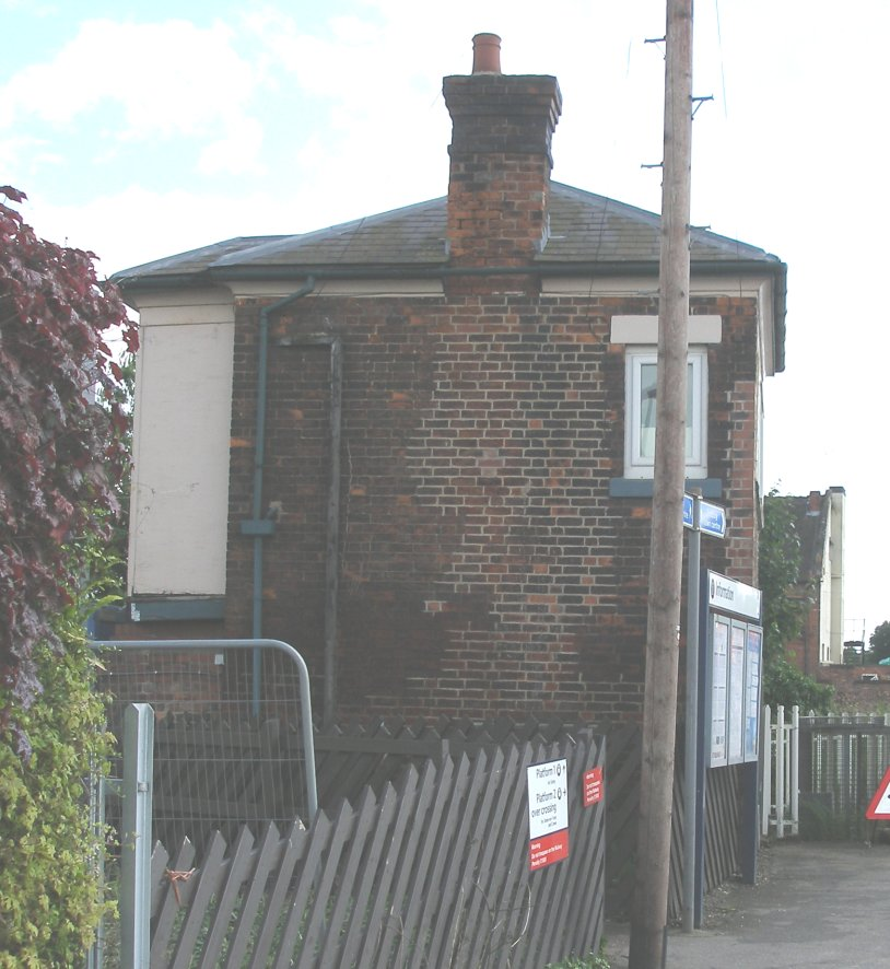 Tutbury Crossing Signal Box 7 June 2014
